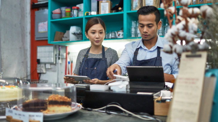 2018年10月の最低賃金引き上げは過去最高額の見込み!飲食店に必要な対応は?